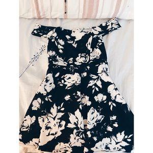 Off-the-shoulder Date Night Dress M/L Windsor
